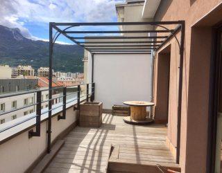pergola design terrasse ville étage